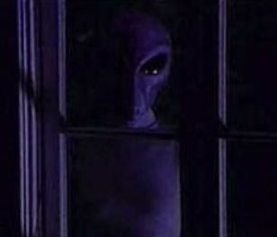 I hate randomness. - Page 2 Alien-through-the-window