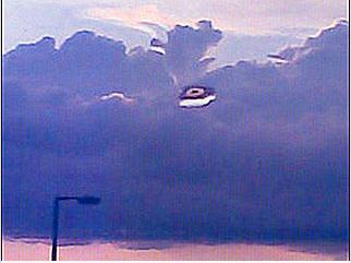 UFO- IN CLOUDS